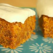 Mein Herbstkuchen: saftig-mächtiger Carrot Cake mit Frischkäse-Frosting