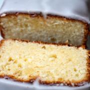Hallo, Sommer: erfrischender Zitronen-Mascarpone-Kuchen