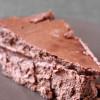 Moussiger Schoko-Cheesecake mit Schoko-Keksboden (unschneidbar vor lauter Cremigkeit)