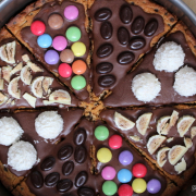 Cookie-Pizza. Und alle so
