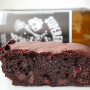 Brownies again: mit Paranüssen und dunklem Bier