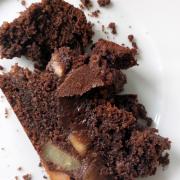 Schokoladiger Birnenkuchen mit Espressonote [cremig | herb | fruchtig]