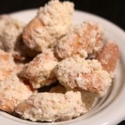 Geschenke aus der Küche: knusprige Schoko-Kokos-Mandeln