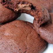 Schoko-Cookies mit Schoko-Füllung [tja, nun!]