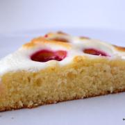 Fruchtig-sommerlich: Joghurt-Kuchen mit Himbeeren