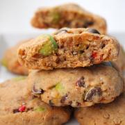 Himmlische Erdnussbutter-Cookies [M&M's inside]